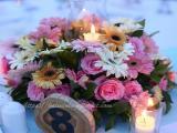 flower centerpiece round table - blue heaven