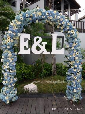 blue hydrangea flower arch